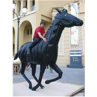 Statue pneus Art