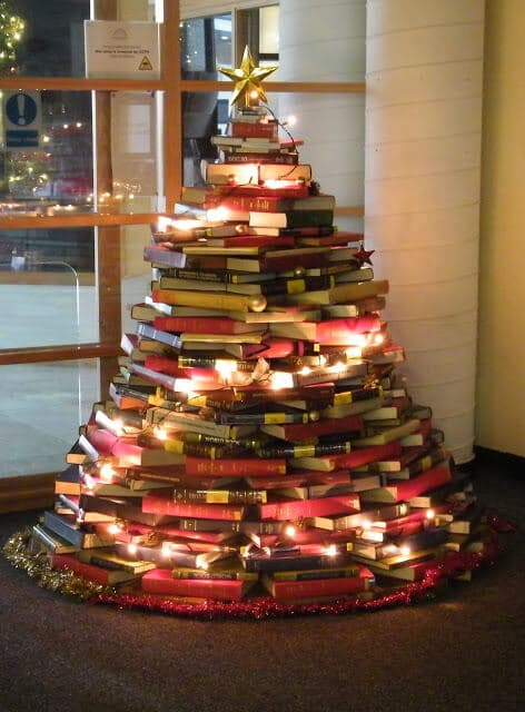 Sapin recyclage livres