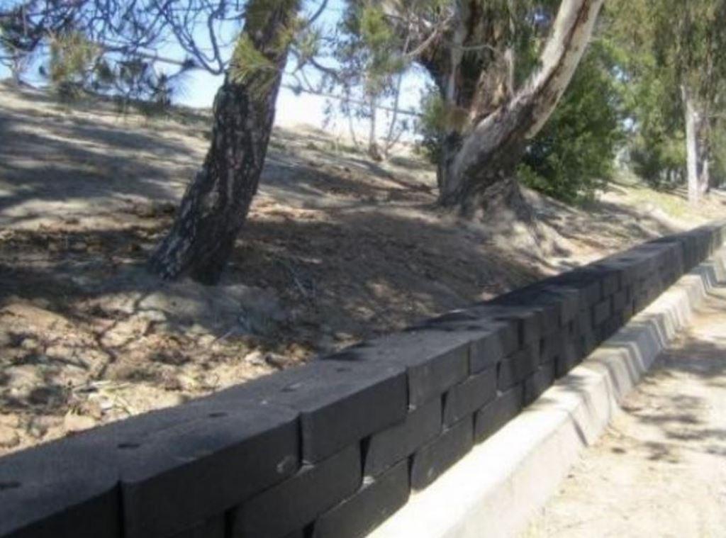 Mur pneus recyclés