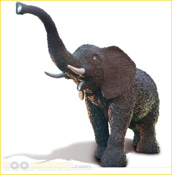 Des pneus recyclés en éléphant