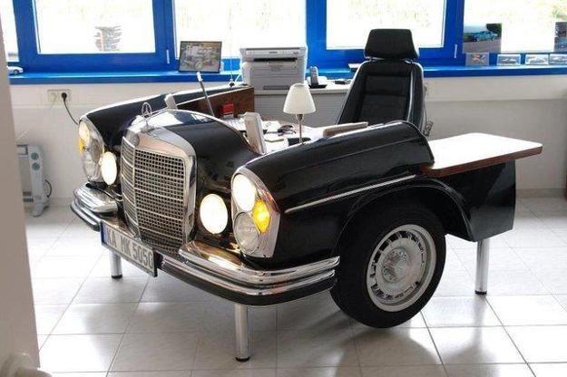 Mercedes Retro bureau meuble
