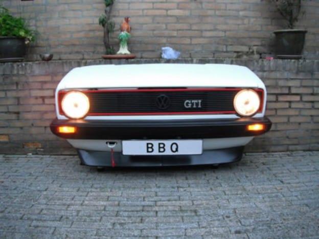 Golf GTI convertie en BBQ